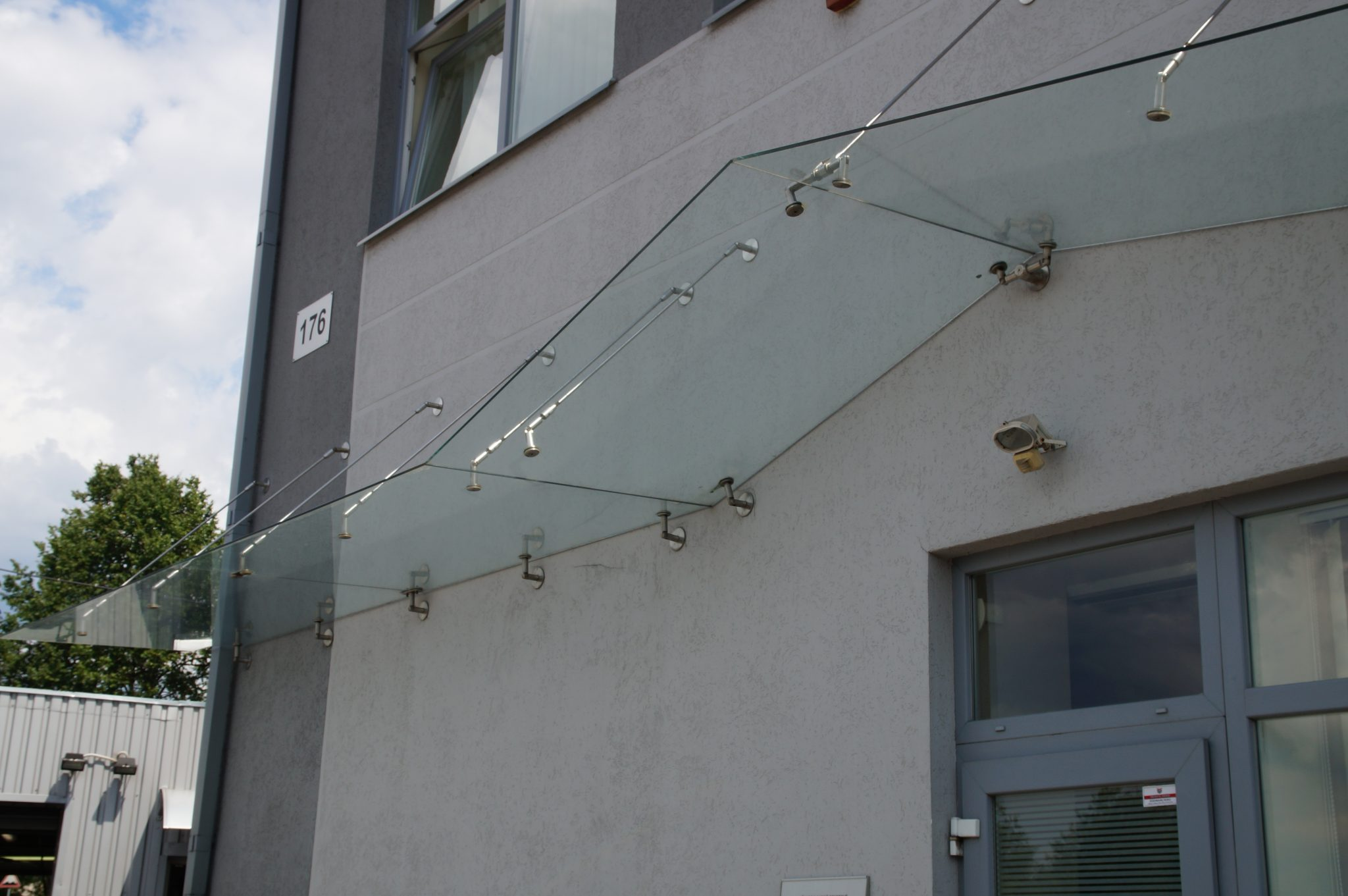 how to clean glass canopy
