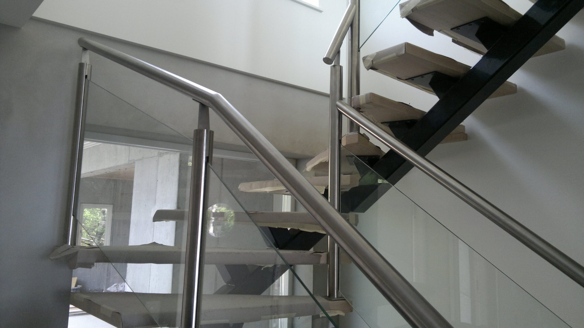 stainless steel and glass balustrade inox city london. Black Bedroom Furniture Sets. Home Design Ideas