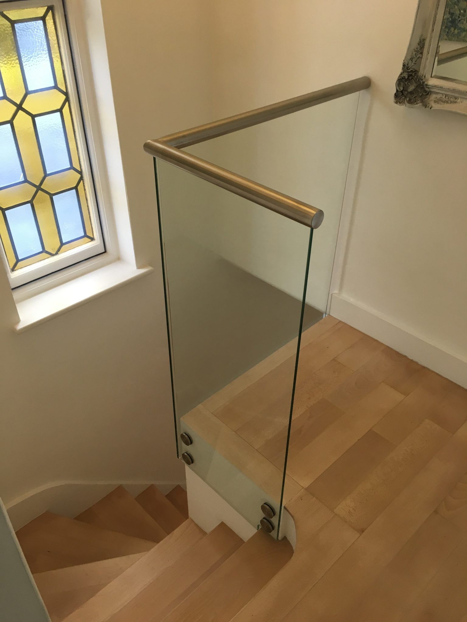 Glass balustrade systems london