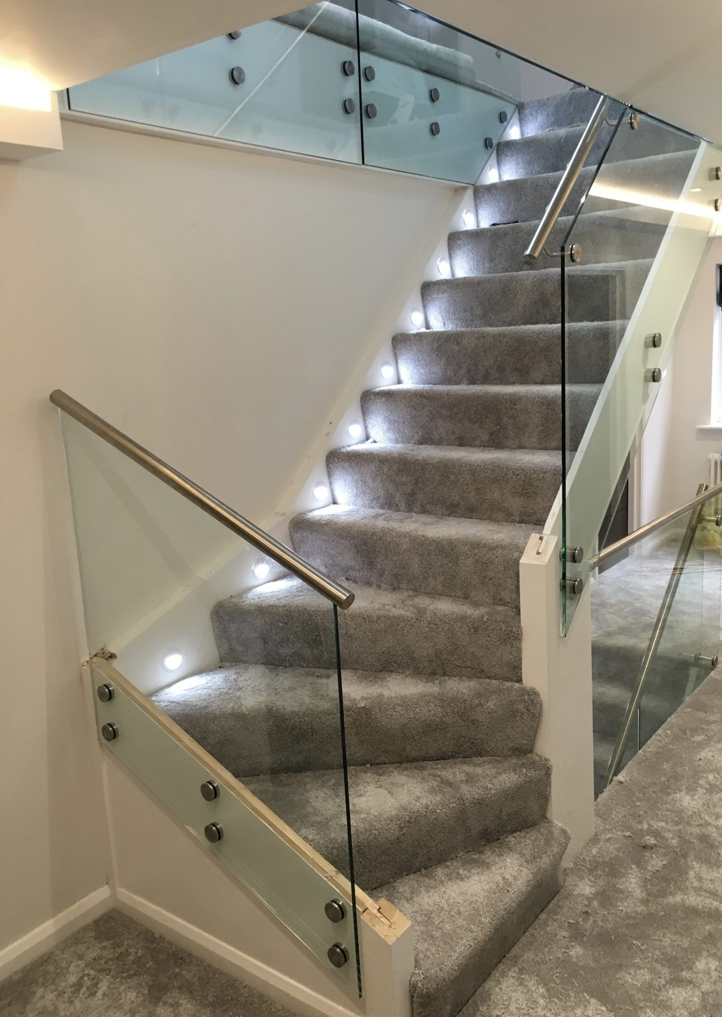 Glass And Timber Balustrade Details